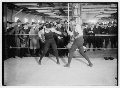 Jack Dempsey fighting some dude